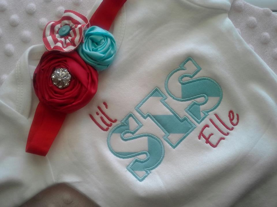 NEW Lil Sis Name Gown-