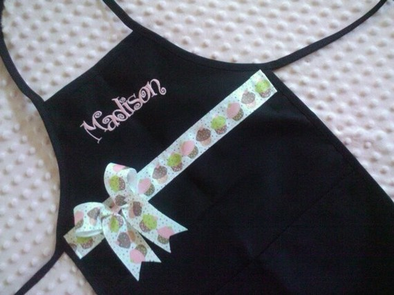 Cupcake Personalized Toddler Apron-toddler apron, bow apron
