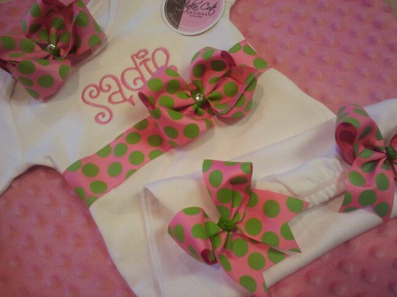 Personalized Ribbon Gown-gown, bows