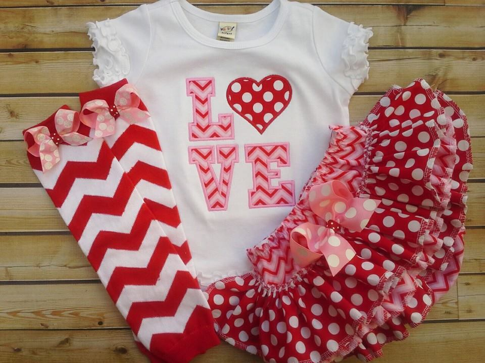 LOVE Chevron Ruffled Set